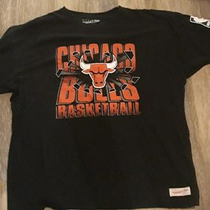 Vintage Mitchell and Ness Chicago bulls t shirt